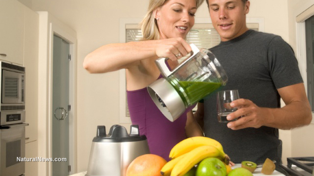 Juicing-Vegetable-Fruit-Juice-Healthy