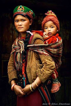 tibetanmother and child