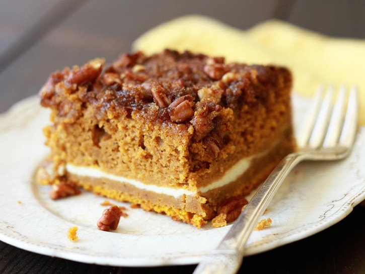 Pumpkin-Cream-Cheese-Crunch-Cake-QL.jpg.pagespeed.ic.2hkEIGMXjC
