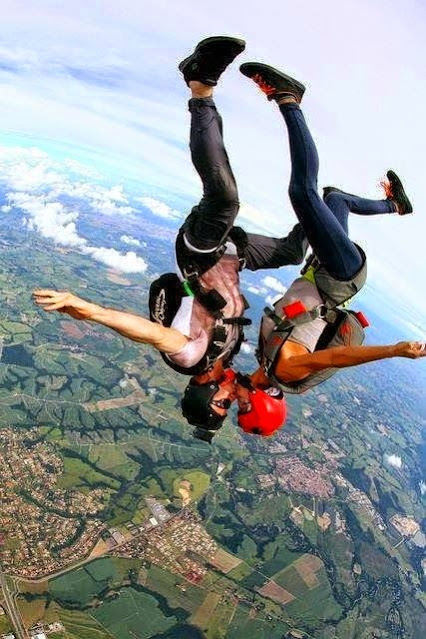 skydive kiss