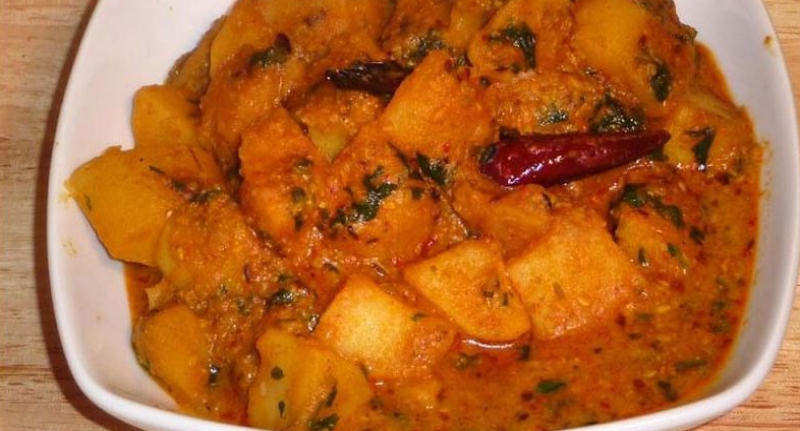 Aloo-Dum-Potato-Curry