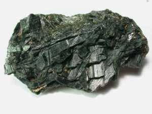 Actinolite_-_Mendocino_County,_California,_USA