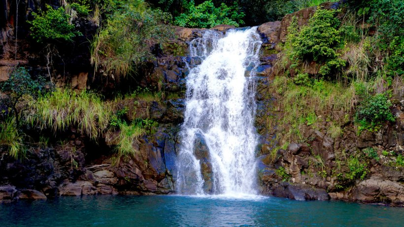 11 Beautiful Hawaii Waterfalls With A Magical Aura About Them
